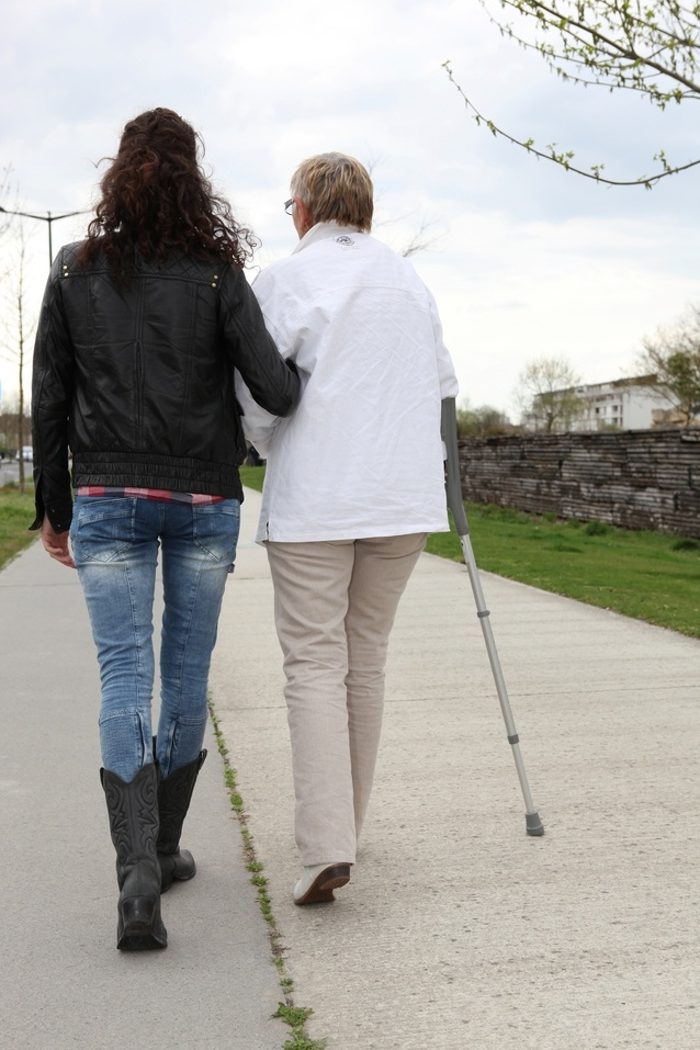 4-Questions-to-Ask-When-Assessing-Levels-of-Care-for-an-Aging-Parent.jpg