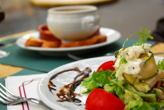 Delicious-meals-with-plenty-of-choices-help-seniors-stay-healthy-in-West-Seattle.jpg