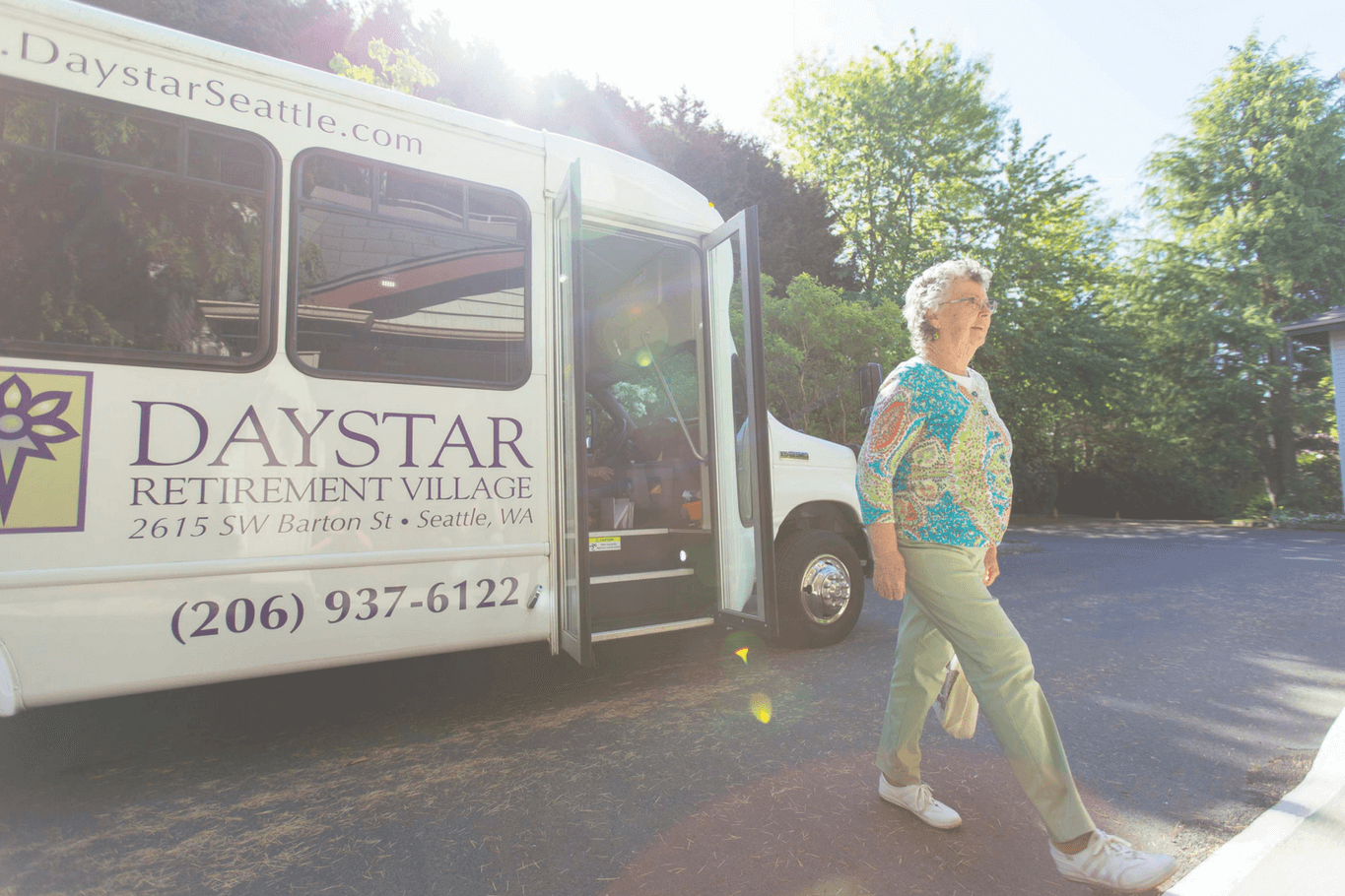 Daystar semitransparent